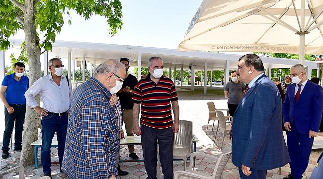 Başkan Gürkan, Ramazan Bayramı öncesi şehir mezarlığını ziyaret etti