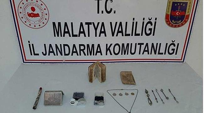 Malatya'da tarihi eser kaçakçılarına operasyon