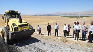 Battalgazi Belediyesi asfaltsız yerlerde çalışmalara devam ediyor
