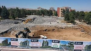 """Vizyonel Bir Belediye Binasına Kavuşacağız"""""""