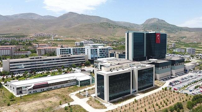 Turgut Özal Tıp Merkezi'nde Covid-19 aşısı denenecek