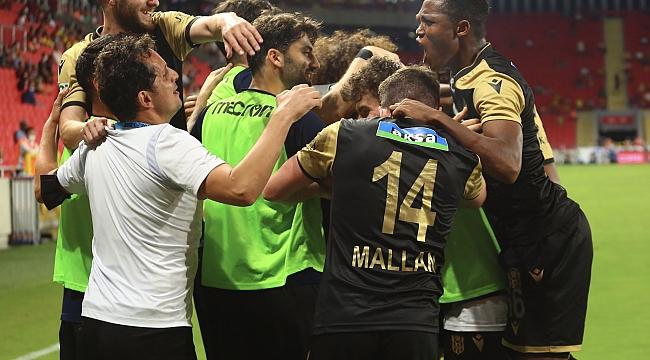 YeniMalatyaspor İzmir'de Kazanmasını Bildi